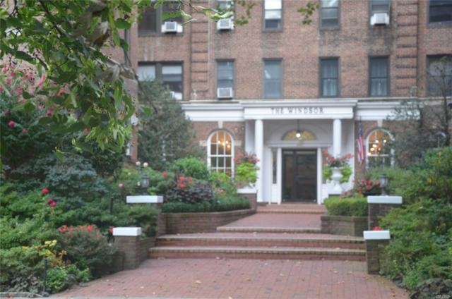 21 Barstow Rd #5, Great Neck, NY 11021 (MLS #3016877) :: Netter Real Estate