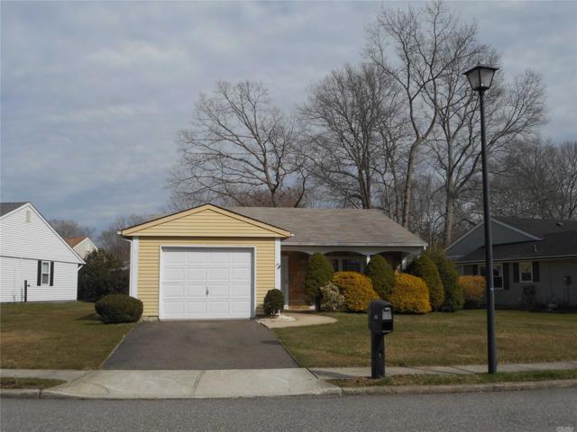 170 Canterbury Dr 55+, Ridge, NY 11961 (MLS #3018386) :: The Lenard Team