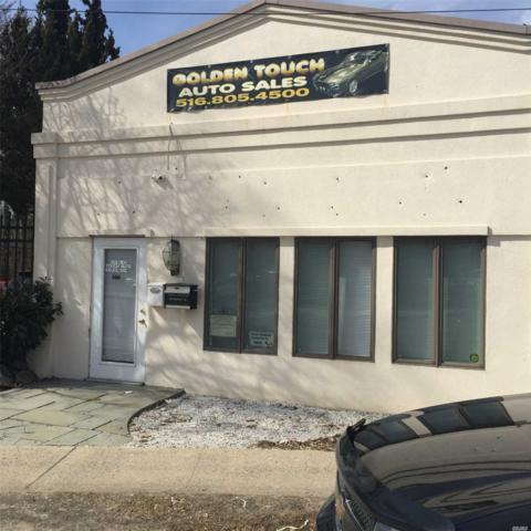 1849 New York Ave, Huntington Sta, NY 11746 (MLS #3021099) :: Platinum Properties of Long Island