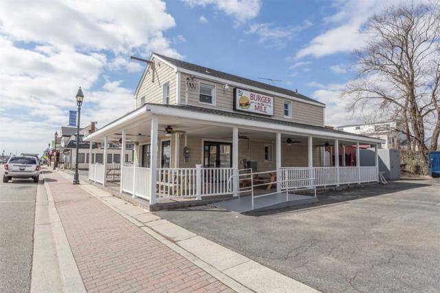 28 Woodcleft Ave, Freeport, NY 11520 (MLS #3022575) :: The Lenard Team
