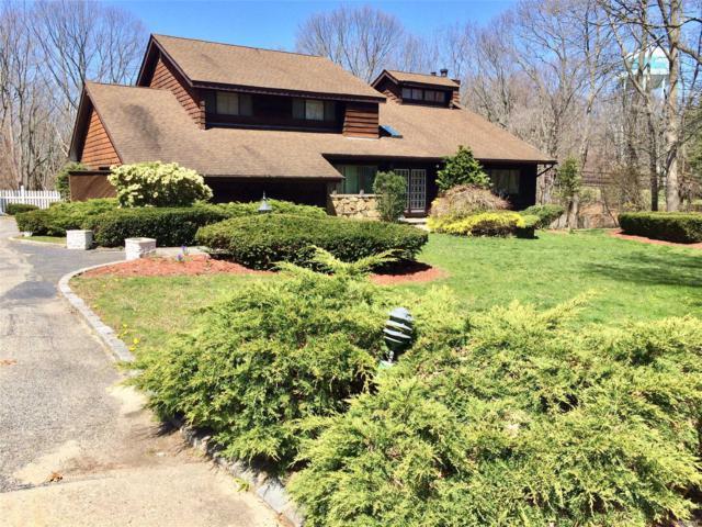 1 Woodfern Ct, Dix Hills, NY 11746 (MLS #3023041) :: Platinum Properties of Long Island