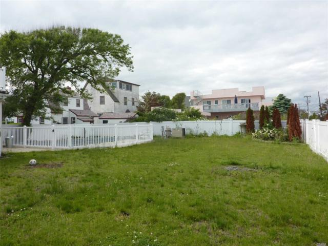 25 Harrogate St, Lido Beach, NY 11561 (MLS #3023478) :: Netter Real Estate