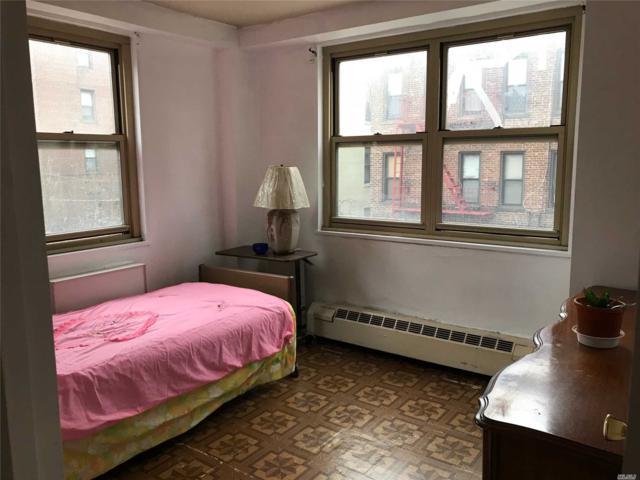 81-11 45th Ave 3O, Elmhurst, NY 11373 (MLS #3023670) :: Netter Real Estate