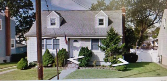 782 N Corona Ave, Valley Stream, NY 11580 (MLS #3023956) :: The Lenard Team