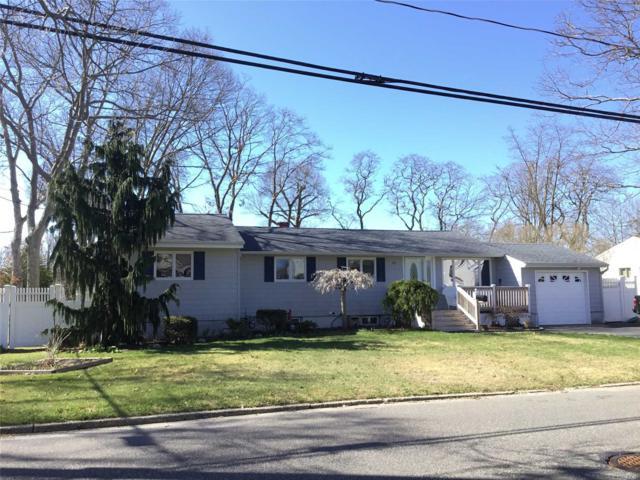92 E Madison St, East Islip, NY 11730 (MLS #3025290) :: Netter Real Estate