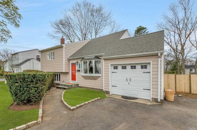 124 Pequot Ln, East Islip, NY 11730 (MLS #3025661) :: Netter Real Estate