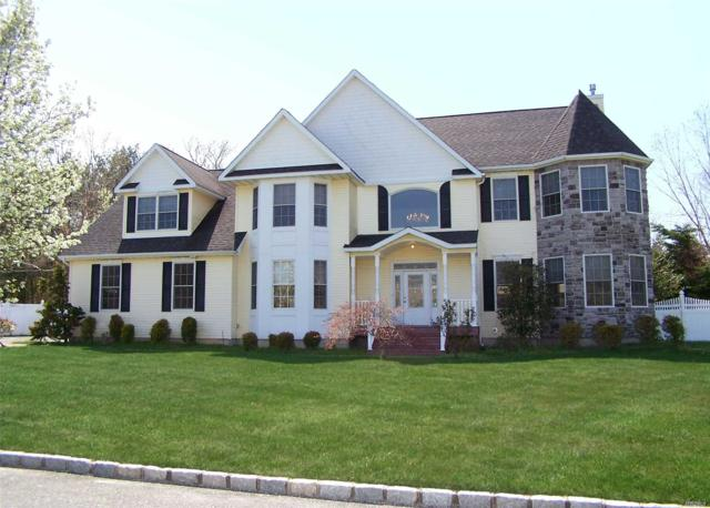 18 Graces Way, Centereach, NY 11720 (MLS #3026752) :: Netter Real Estate