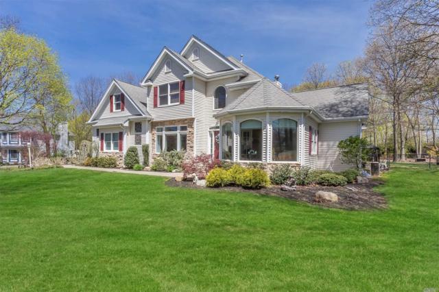 4 Vineyard Ct, St. James, NY 11780 (MLS #3027977) :: Netter Real Estate