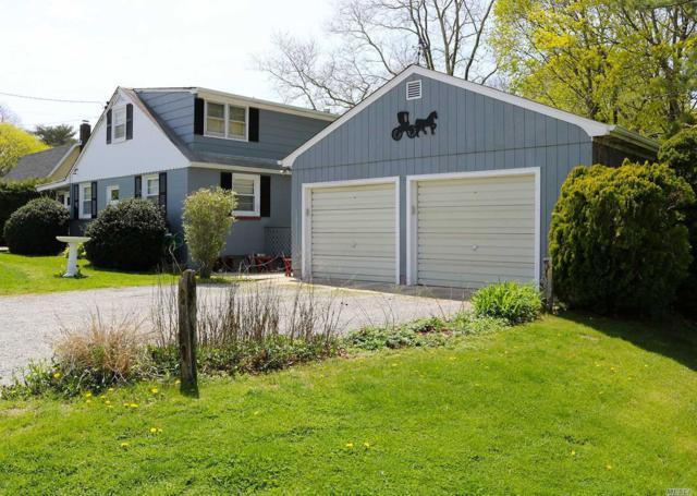 260 Sunset Ave, Mattituck, NY 11952 (MLS #3029167) :: Netter Real Estate