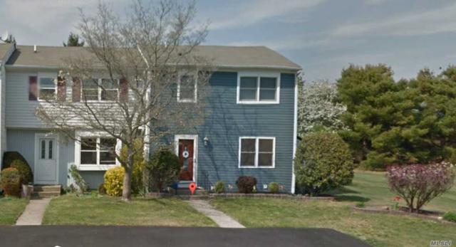 9 Merrimac Ct End, Coram, NY 11727 (MLS #3030564) :: The Lenard Team