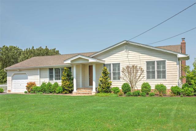3330 Delmar Dr, Laurel, NY 11948 (MLS #3031195) :: Netter Real Estate