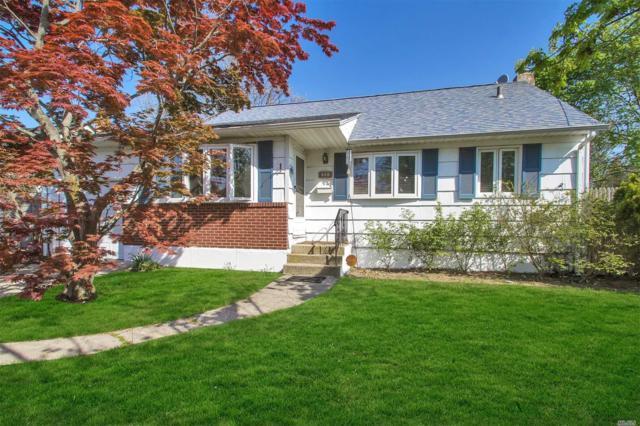 223 Kellum St, W. Babylon, NY 11704 (MLS #3031357) :: Netter Real Estate
