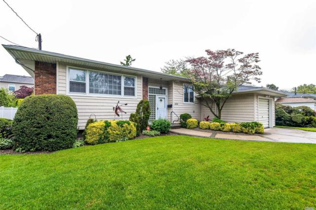 822 Moore St, Woodmere, NY 11598 (MLS #3031647) :: The Lenard Team