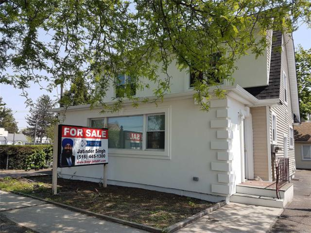 175 W Old Country Rd, Hicksville, NY 11801 (MLS #3031649) :: The Lenard Team