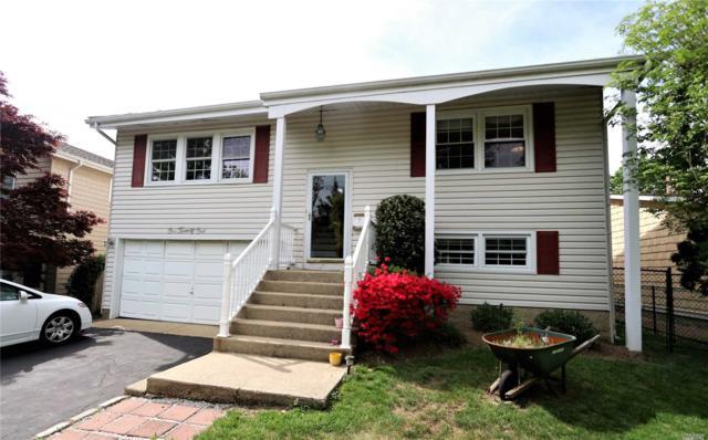 121 Radcliff Ave, Port Washington, NY 11050 (MLS #3031779) :: The Lenard Team
