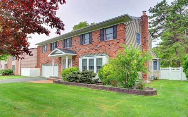 33 Townline Ct, Hauppauge, NY 11788 (MLS #3031900) :: Keller Williams Points North