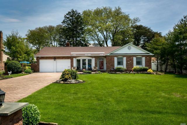 77 Sequams East, West Islip, NY 11795 (MLS #3032111) :: Netter Real Estate