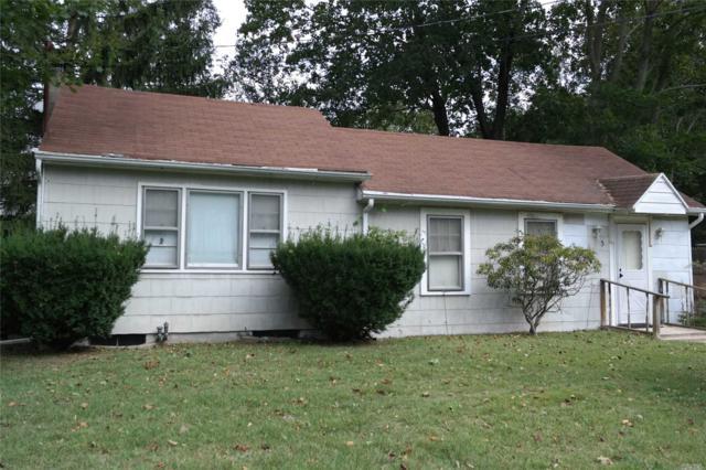 3 Knollcrest Rd, Nesconset, NY 11767 (MLS #3032154) :: The Lenard Team