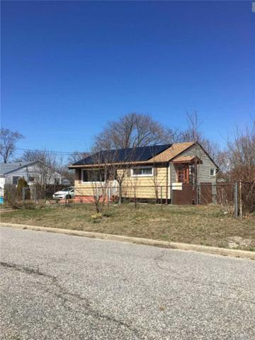 35 Cypress St, Central Islip, NY 11722 (MLS #3032208) :: Netter Real Estate