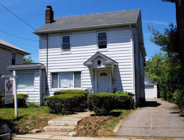 89 Elizabeth Ave, Hempstead, NY 11550 (MLS #3032354) :: The Lenard Team