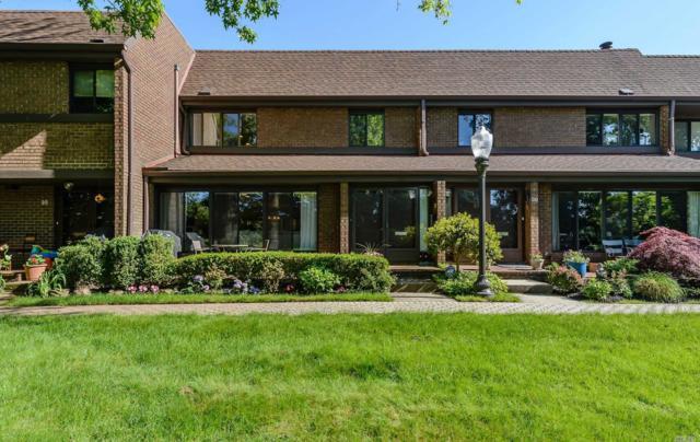 37 Fox Ridge, Roslyn, NY 11576 (MLS #3033553) :: Netter Real Estate