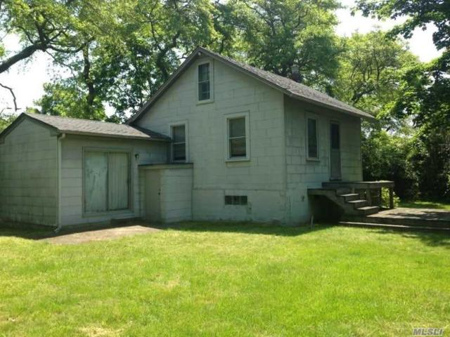 12 Lakeview Dr, Mastic Beach, NY 11951 (MLS #3038204) :: Netter Real Estate