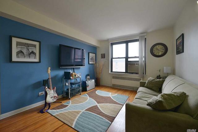 112-50 Northern Blvd 6B, Corona, NY 11368 (MLS #3038234) :: Netter Real Estate