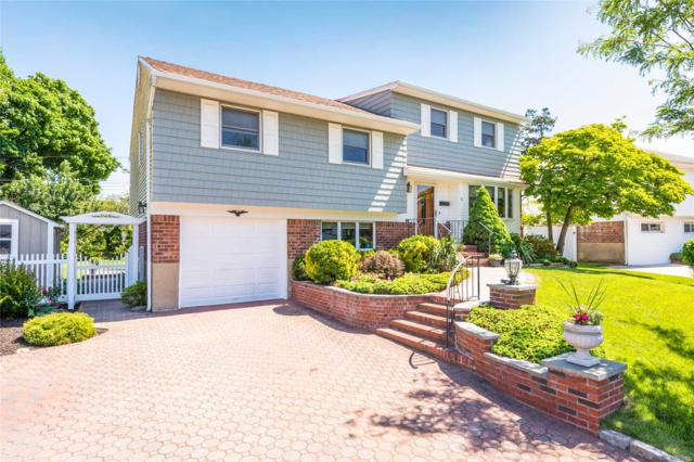 31 Colony Ln, Syosset, NY 11791 (MLS #3039813) :: The Lenard Team