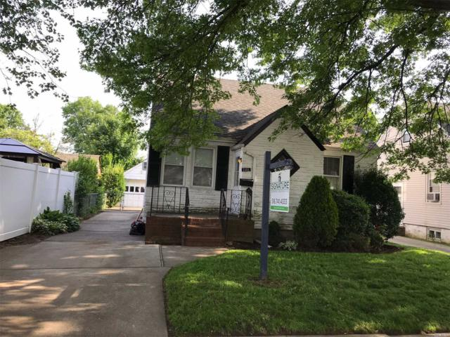 1111 Russell St, Franklin Square, NY 11010 (MLS #3039880) :: The Kalyan Team