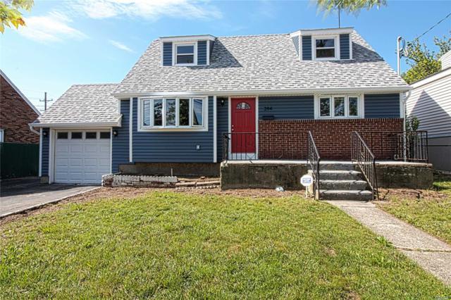 394 Merrifield Ave, Oceanside, NY 11572 (MLS #3040296) :: The Lenard Team
