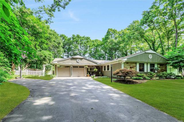 21 Blueberry Ln, Stony Brook, NY 11790 (MLS #3041122) :: Netter Real Estate