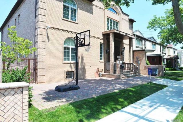 110-15 63 St, Forest Hills, NY 11375 (MLS #3041139) :: The Kalyan Team