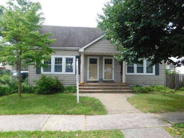 1040 Thomas Ave, Baldwin, NY 11510 (MLS #3044696) :: Netter Real Estate