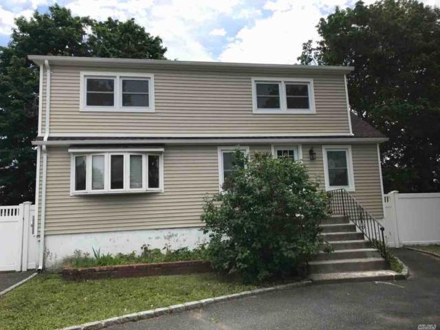 81 Vermont Ave, W. Babylon, NY 11704 (MLS #3046955) :: Netter Real Estate