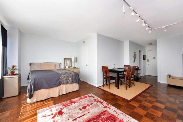 170 West End Ave 24C, Out Of Area Town, NY 10023 (MLS #3047075) :: Netter Real Estate