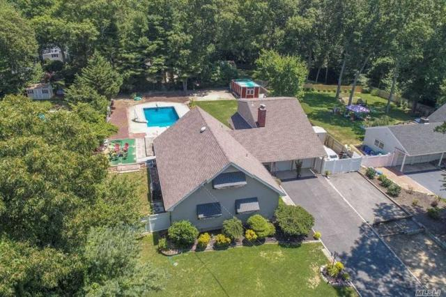 373 Ridgefield Rd, Hauppauge, NY 11788 (MLS #3047310) :: Keller Williams Points North