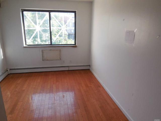 140-20 33rd Ave, Flushing, NY 11354 (MLS #3048205) :: Netter Real Estate