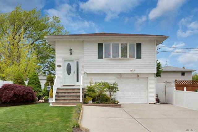 26 W Minerva Rd, Lindenhurst, NY 11757 (MLS #3048462) :: Netter Real Estate