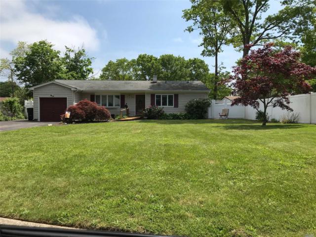 96 Lake St, Islip, NY 11751 (MLS #3048518) :: Netter Real Estate
