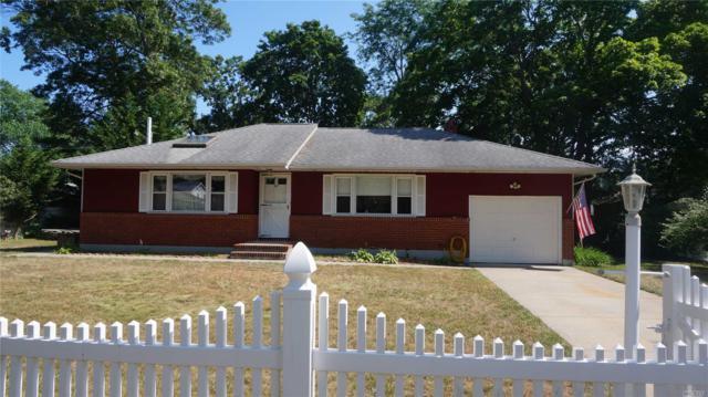 48 Freeport St, East Islip, NY 11730 (MLS #3048613) :: Netter Real Estate
