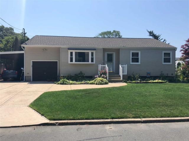 32 46th St, Islip, NY 11751 (MLS #3048700) :: Netter Real Estate