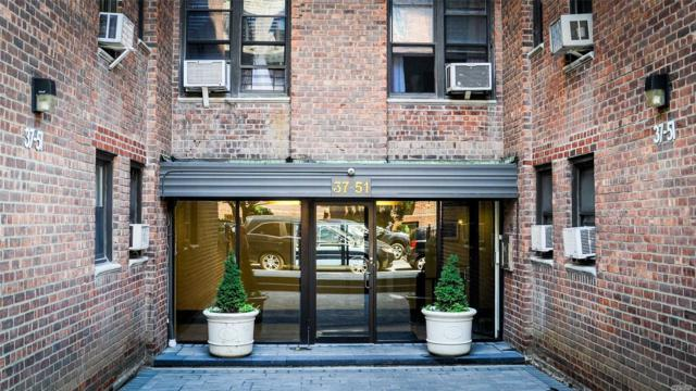 3751 86th St 4A, Jackson Heights, NY 11372 (MLS #3048718) :: Netter Real Estate