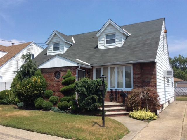 157-43 82nd St, Howard Beach, NY 11414 (MLS #3049216) :: Keller Williams Points North