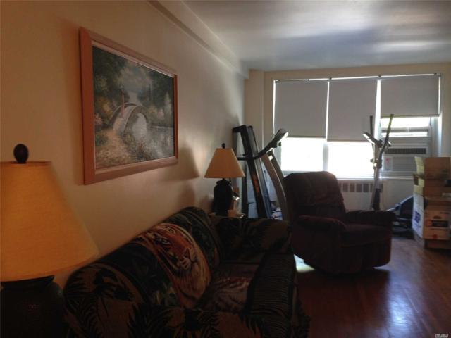 18-40 211th St 2J, Bayside, NY 11361 (MLS #3049368) :: Shares of New York
