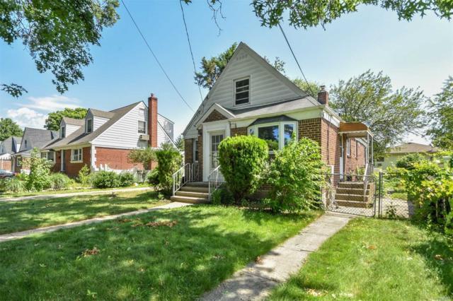 132 Wardwell Rd, Mineola, NY 11501 (MLS #3049974) :: Platinum Properties of Long Island