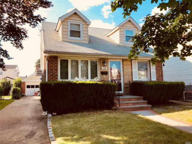 154 Evelyn Rd, Mineola, NY 11501 (MLS #3050360) :: The Lenard Team