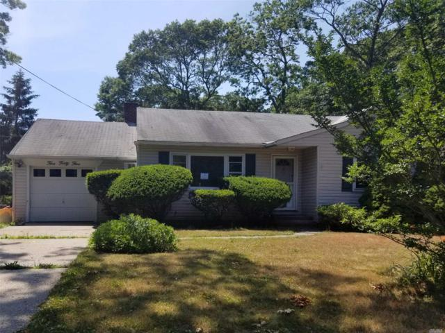 545 Richland Blvd, Brightwaters, NY 11718 (MLS #3050996) :: Netter Real Estate