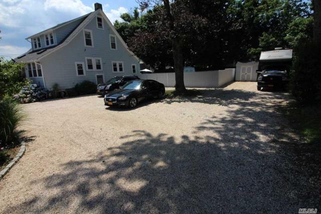 30 Ludlam Ave, Bayville, NY 11709 (MLS #3051335) :: Netter Real Estate