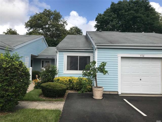 706 Cabot Ct, St. James, NY 11780 (MLS #3054321) :: Netter Real Estate