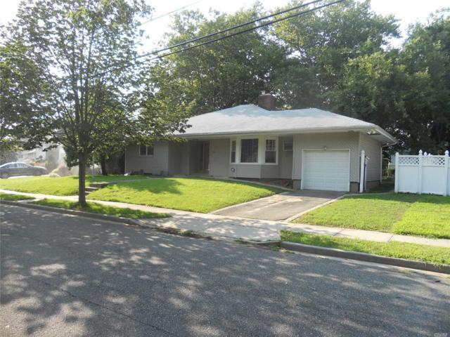 198 Delaware Ave, Freeport, NY 11520 (MLS #3054940) :: Keller Williams Points North